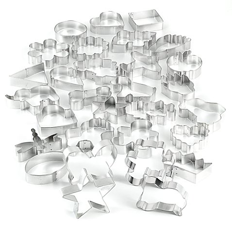 Wilton 30-Piece Cookie Cutter Set (Continents Cookie Cutters)