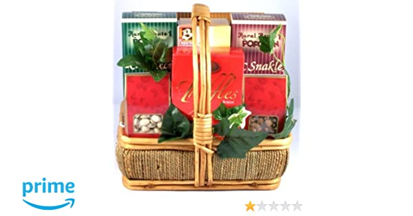 Amazon.com : Gift Basket Village Sweet and Salty Gift Basket : Gourmet Snacks And Hors Doeuvres Gifts : Grocery & Gourmet Food