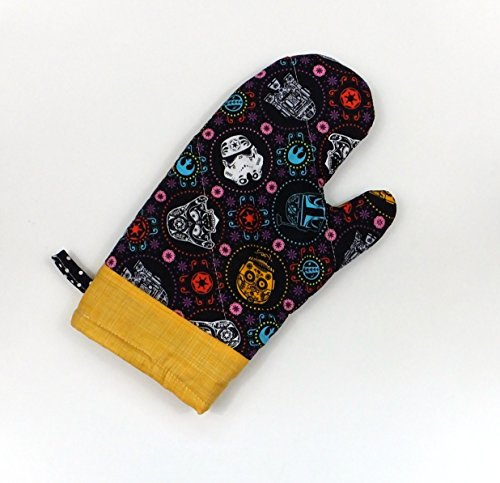 Star Wars Sugar Skull Oven Mitt
