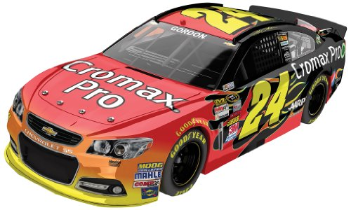 ax 2013 Chevy SS Nascar Die-cast Car, 1:64 Scale ARC HT ()