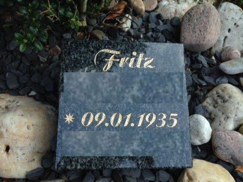 Grabplatte mit Gravur Granitplatte Grabstein Liegestein Urnenstein