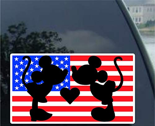 crawford graphix mickey and minnie mouse kissing car truck