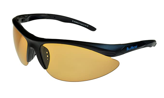 44cf38b009 BluWater Islanders 2 Polarised Sunglasses Black Brown-Photochromic ML   Amazon.co.uk  Clothing