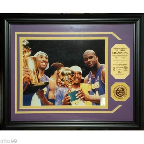 24k Gold Overlay Medallion (LA Lakers 2002 NBA Champion Photo Collage 24k Gold Overlay Medallion 13x16 Frame)