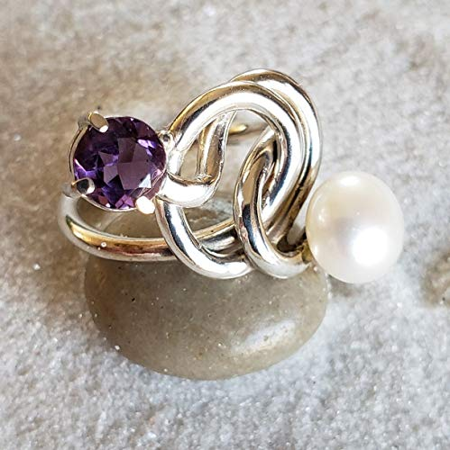 Sterling Silver Swirl Ring with Brazilian Amethyst and Pearl ()