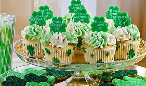 (St Patricks Day Shamrock Cupcake Picks Set of 12)