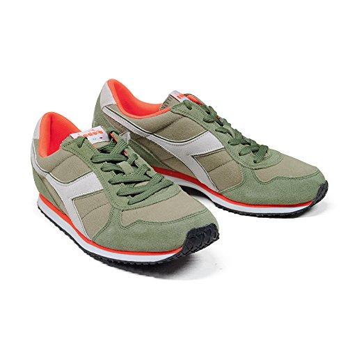 Zapatos Sneaker Hombre DIADORA Modelo K RUN C WH Color Green Rosemary Green Rosemary