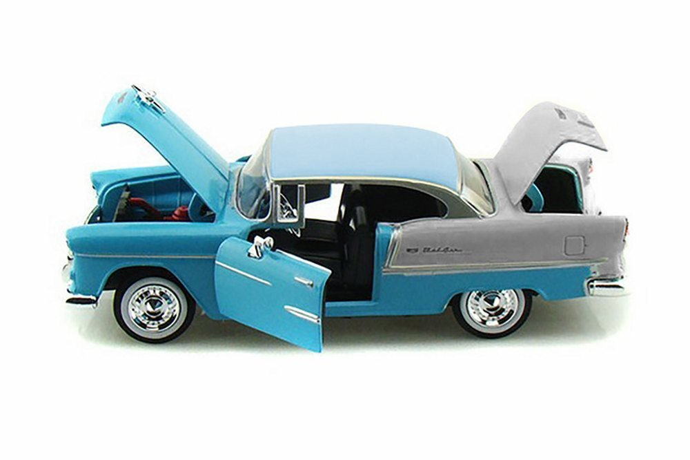 Motor Max 1 24 W B American Classics 1955 Chevrolet BEL AIR Hard TOP