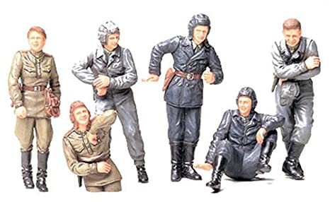 Tamiya 35201 1//35 Scale Model Figure Kit WWII German Tank Crew at Rest Set