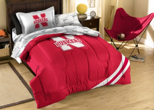 The Northwest Company Officially Licensed NCAA Nebraska Cornhuskers Twin Bedding Set