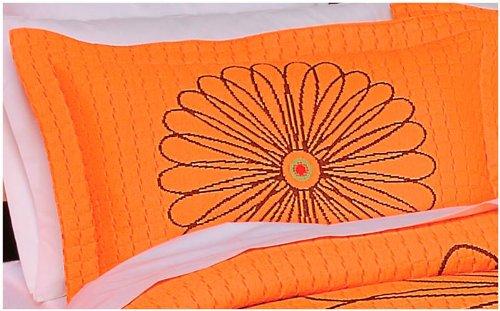 Hot Seller 'Terra' Decorative Bedspread with 2 Piece Sham (Queen)