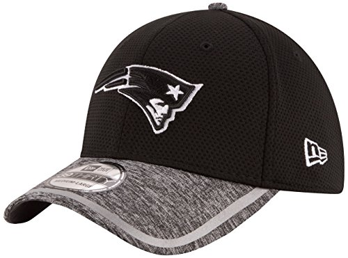 NFL New England Patriots 2016 Training Camp 39THIRTY Stretch Fit Cap, Medium/Large, Black/White