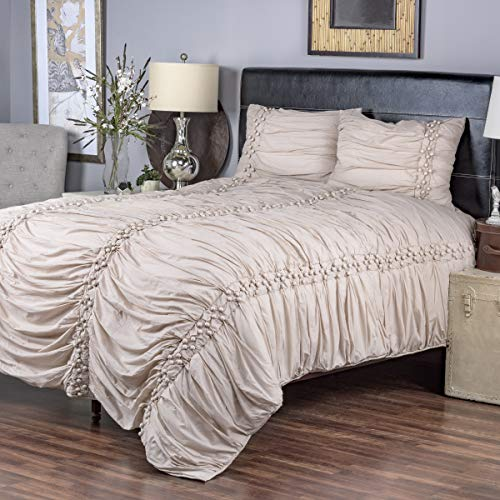 Arden Loft Thistle Terrace Collection Pomp Cappucino 3 Piece King Quilt Set
