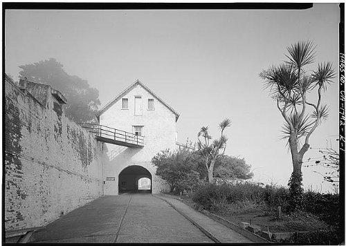 Photo: Alcatraz Island,San Francisco Bay,San Francisco,California,CA,HABS,San - Map San Shopping Fran