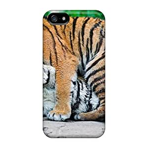 Slim Fit Tpu Protector Shock Absorbent Bumper Tigress With Little Tigger Case For Iphone 5/5s