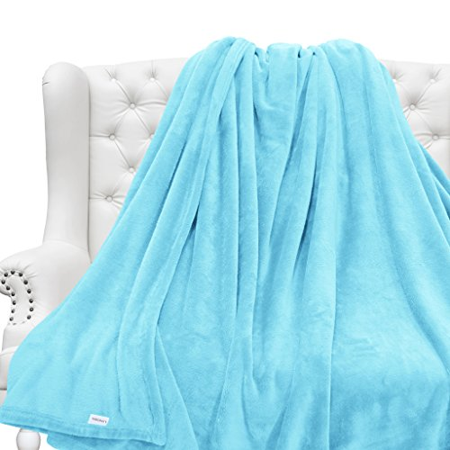 LANGRIA Bed Throw Blanket for Home Couch Outdoo...