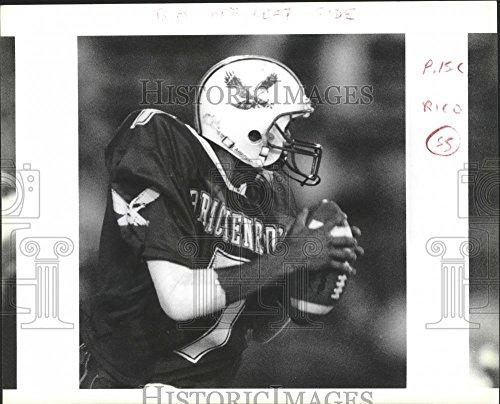 Vintage Photos Historic Images 1990 Press Photo Action at a Brackenridge-Madison Football Game at Alamo Stadium - 8 x 10 in