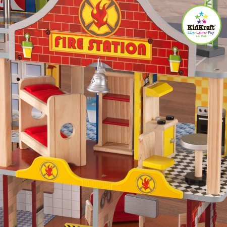 KidKraft Deluxe Fire Station Set, Includes 3 firefighters