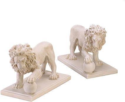 Amazon Com Koehler Regal Garden Lion Statues Lions Are A Mirror Image Of Each Other Garden Outdoor
