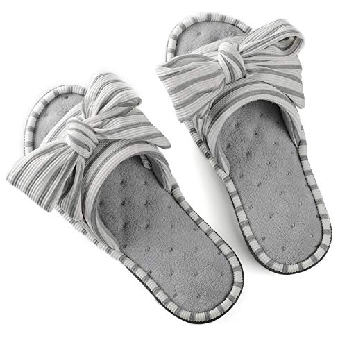 Women's Cozy Memory Foam Plush Gridding Velvet Lining Spa Thong Flip Flops Clog Style House Indoor Slippers (Small / 5-6 B(M) US, Light Grey