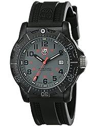 Luminox Mens 8802 Carbon-Reinforced PC Analog Plastic Bezel Watch