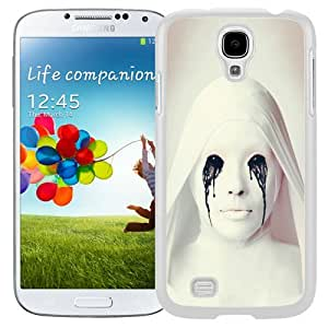 Unique and Fashionable Cell Phone Case Design with Horror Crying Ghost Galaxy S4 Wallpaper in White