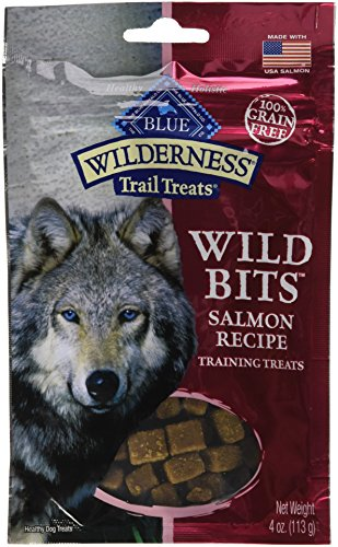 BLUE Wilderness Trail Treats Grain Free Wild Bits Salmon Recipe Dog Treats 4-oz (Blue Buffalo Puppy Salmon)