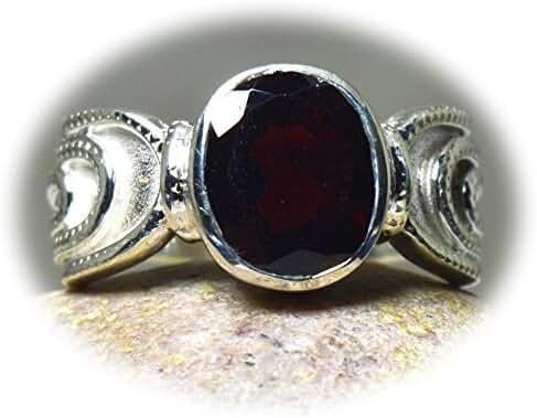 CaratYogi Oval Cut Stylish Garnet Ring Sterling Silver Size 4-12 For Both Men and Women