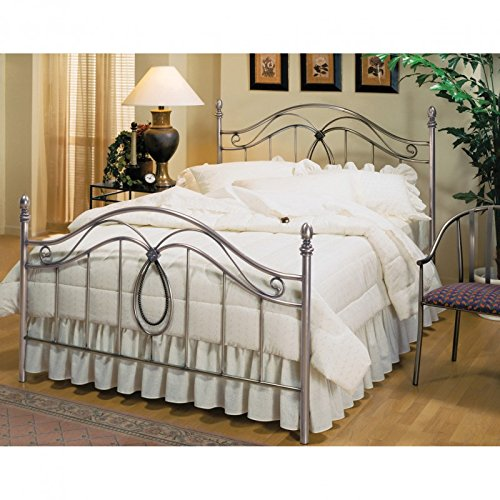 Hillsdale Milano Full Poster Bed in Silver - Rails not included