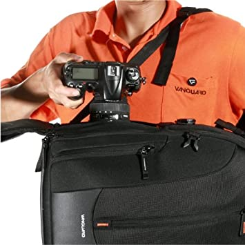 Vanguard Up-Rise II 22 Shoulder Bag for Camera and Accessories Black