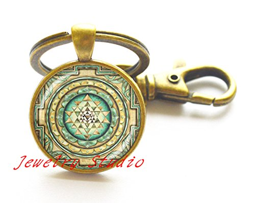 Charming fashion Keychain,Sri Yantra Key Ring, Sri Yantra Keychain, Sacred Geometry Buddha,photo Key Ring art Key Ring photo jewelry art jewelry glass (Charming Wholesale Jewelry)
