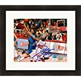 Signed Dwight Howard Photograph - 8x10) (JSA Image #11 Matted & Framed - Autographed NBA Photos