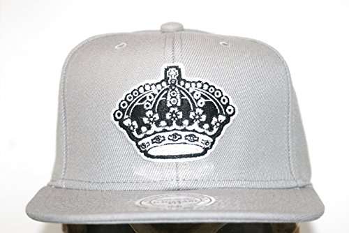 Mitchell & Ness Los Angeles Kings Logo Series Grey Snapback VE31Z Cap Basecaps