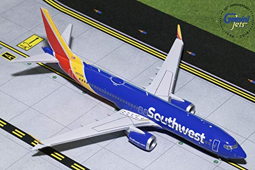- Gemini200 Southwest Airlines B737 MAX 8 N8706W 1:200 Scale Diecast Model