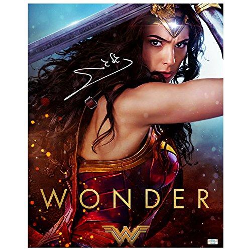 Gal Gadot Autographed Wonder Woman 16×20 Autograph Wonder Photo