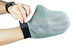 Pet Grooming Glove - Best Cat Grooming Brush Makes Grooming Easier - Grooming Mitt Gives your Pet a Gentle Massage at the Same Time - Easy Solution for Deshedding Pets - GAINWELL