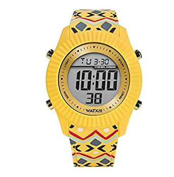 Reloj digital para mujeres de WatxandCo. Con correa de silicona amarilla con estampado tribal impreso. Caja con bisel dorado y movimiento digital. 43mm.