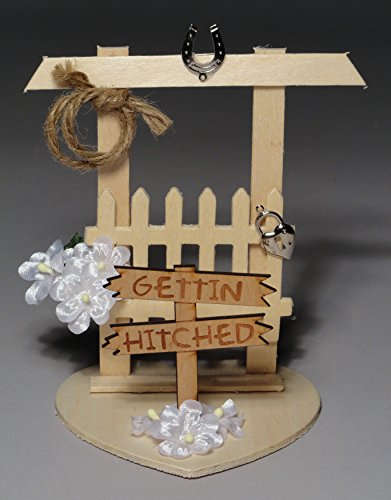 Gettin-Hitched-Western-Cake-Topper-or-Table-Decoration