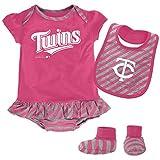 MLB Minnesota Twins Infant Girls Bib & Booty Set, 18 Months, Poster Pink