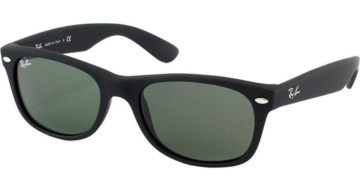 2fd9d49ef8a74 Amazon.com  Ray-Ban RB2132 622 Wayfarer Sunglasses Black Rubber Frame    Green Lens 52mm  Clothing