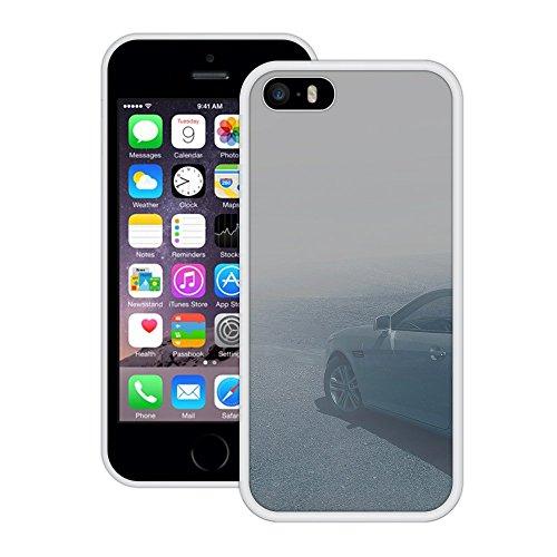 Auto im Nebel | Handgefertigt | iPhone 5 5s SE | Weiß Hülle