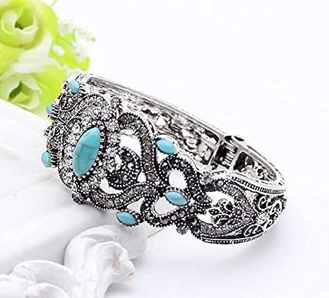 Turkish Flower Bracelet with Silver stone