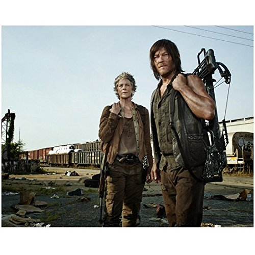 The Walking Dead Melissa McBride as Carol with Norman Reedus as Daryl 8 x 10 Inch Photo ()