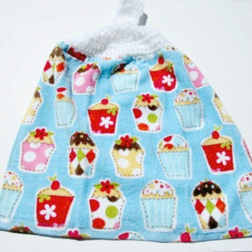 cupcake hand towel with crocheted top