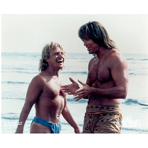 hercules-the-legendary-journeys-kevin-sorbo-on-beach-with-michael-hurst-8-x-10-inch-photo