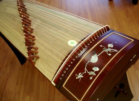Tianyi Rosewood Guzheng with Mother-of-pearl