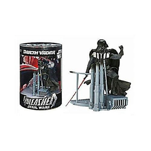 Star Wars Unleashed: 30th Anniversary Collection Darth Vader Action Figure ()