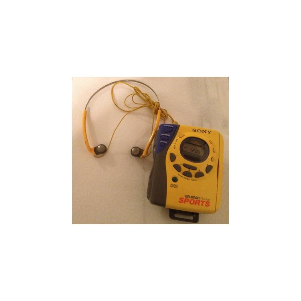 Sony Sports Auto Reverse Radio Cassette Player Am/fm Walkman Wm fs493, Mega Bass