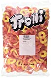 Kyпить Trolli Peachie O's Sour Gummy Candy, 5 Pound Bulk Candy Bag на Amazon.com