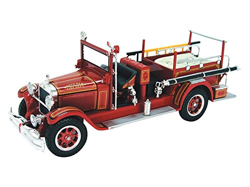 1928 Studebaker Fire Engine 1/32 by Signature Mode